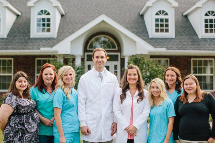 The Farmington Dental & Orthodontics team including Dr. Trogdon, Dr. Stroope & dental hygienists